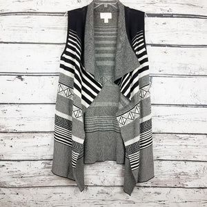 Anthro Ruby Moon Aztec black and white stripes swe